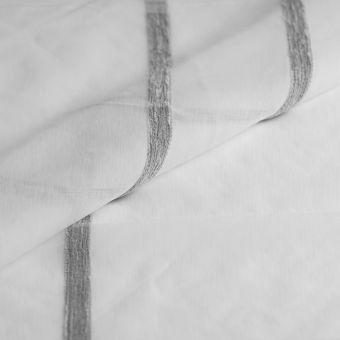 Tissus voilage translucide blanc à rayures fil chenille grises