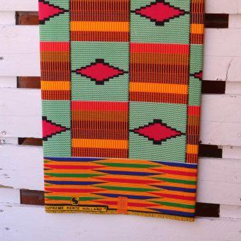 Tissu Kenté motifs carrés oranges et verts