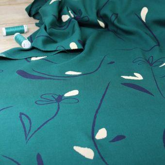 Tissu sergé viscose motifs bloom vert emeraude Eglantine et Zoé
