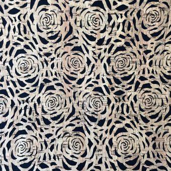Tissu noir et liège à découpes roses
