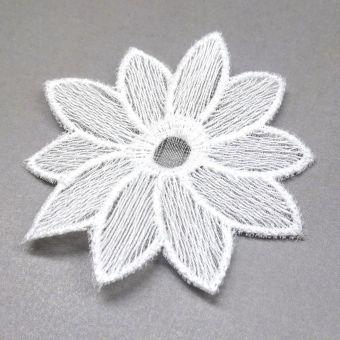 Fleur lotus en broderie à coudre - fait en France