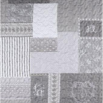 Tissu matelassé montagne coeurs gris