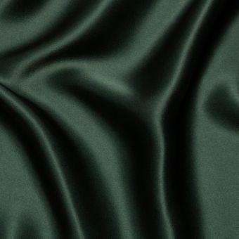 Tissu satin de soie vert sapin uni fait en Italie