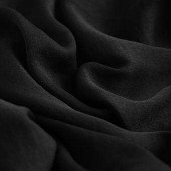 Tissu satin pétale de rose noir