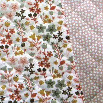 Tissu matelassé coton rose réversible à imprimés fleurs et pois